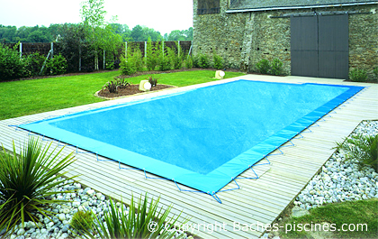 bache hivernage piscine