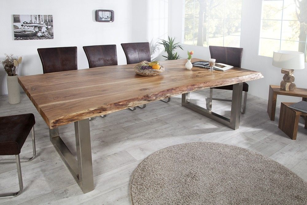table acacia massif